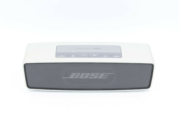 Picture of Broken | Bose SoundLink Mini Portable Bluetooth Speaker - Silver